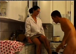 Eager spectacled MILF opens her furry make away be fitting of a deep nailing