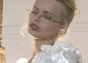 Hot bride gets fucked all over wedding raiment