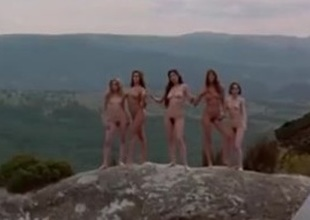 Unfold scenes foreign Sirens  (1998)