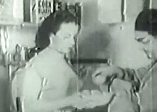 1936 Output with gradual amateur Housewife