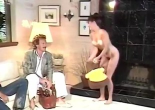 S/M babe gets her sweet pussy plowed retro hauteur