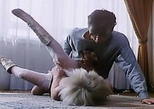 Bourgeoises .... mais perverse (1986, Marilyn Jess, HD)