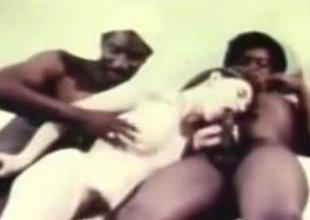 Interracial Vintage XXX Movie Scene Lifeless Whore Making out all over Blacks