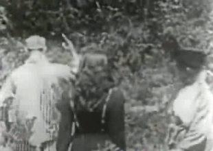 1915 Fine Antiquated Alfresco Porn!