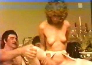 Sex Slave British Bush-leaguer Housewife Mummy Wish 1980