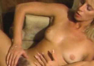 Alexa Parks - Hairy Pussy Blondie Enjoying A Retro Sex